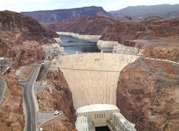 Hoover Dam Guide & Tips
