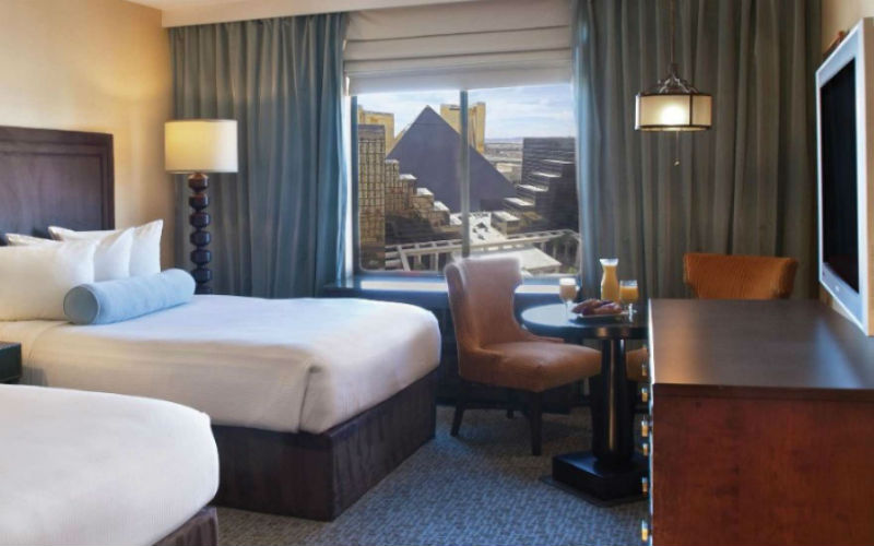 Excalibur Rooms Amp Suites